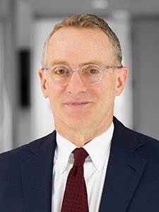 Howard Stanley Marks. American investor and writer. Oaktree Capital Management.